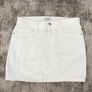 NEVER WORN Frame white denim skirt 26